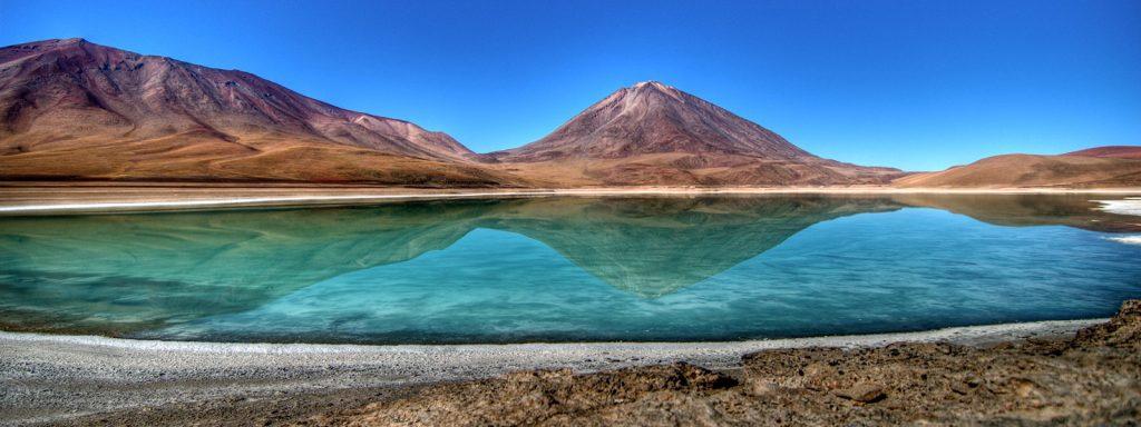 La laguna verde de Potosí